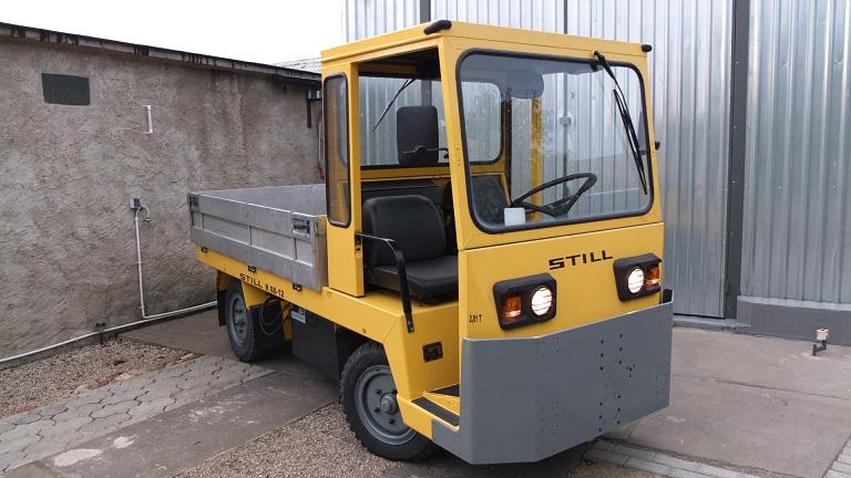 Still R08-12 Elektryczny ciągnik terminalowy, lotniskowy, magazynowy