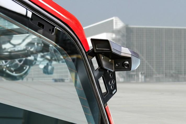 ZIEGLER Z8-Attack - czteroosiowy samochód 8x8